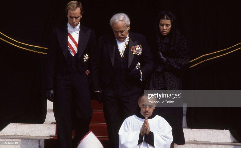 Funeral of Princess Grace of Monaco Prince Rainier III Caroline and Albert of Monaco Cathedral of Monaco Prince Rainier surrounded by his daughter...