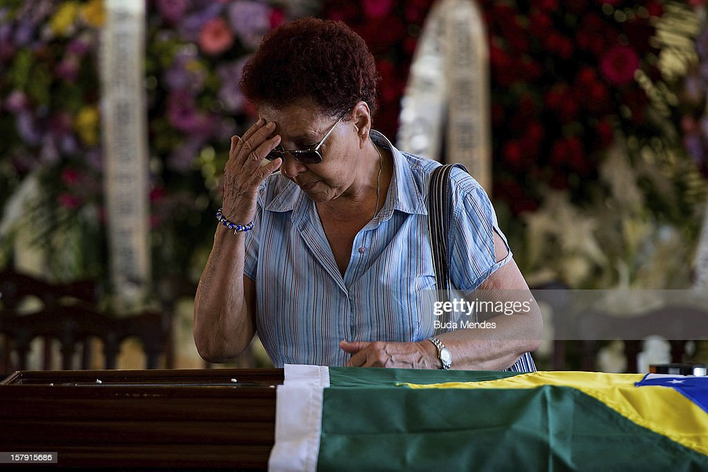 Funeral of the Architect Oscar Niemeyer at Palacio City on December 07, 2012 in Rio de Janeiro, Brazil. Niemeyer was hospitalized for 33 days at Samarian Hospital and died at 104 years old due to a kidney infection on December 06, 2012 in Rio de Janeiro, Brazil.