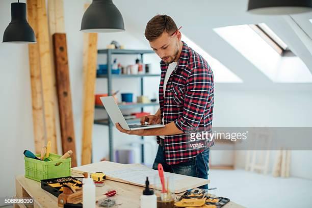 Mobilier de créateur de travail