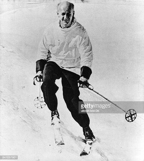 Furtwaengler Wilhelm *25011886Dirigent Komponist D beim Skifahren in St Anton undatiert