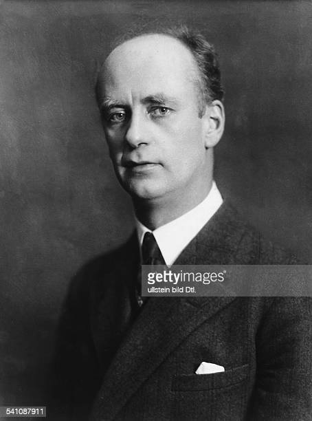 Furtwaengler Wilhelm *25011886Dirigent Komponist D Portrait 1928