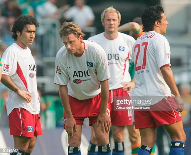 Fussball 1 Bundesliga 03/04 Bremen SV Werder Bremen Hamburger SV Mehdi MAHDAVIKIA Bjoern SCHLICKE Sergej BARBAREZ Rodolfo CARDOSO / alle HSV...
