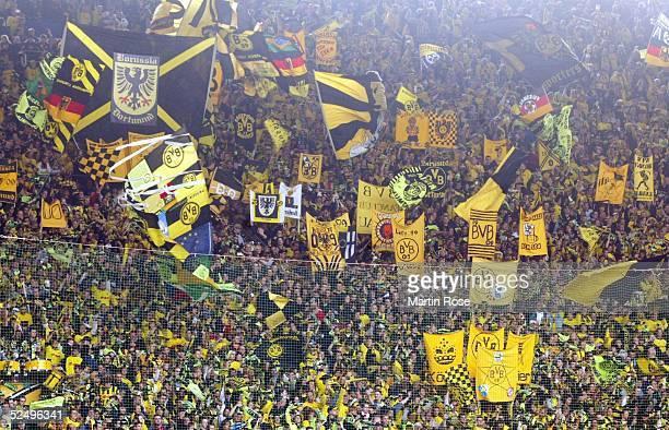 Fussball 1 Bundesliga 04/05 Dortmund Borussia Dortmund Bayer 04 Leverkusen 10 spezial 301004