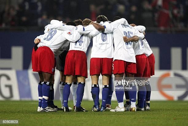 Fussball 1 Bundesliga 04/05 Hamburg Hamburger SV Hannover 96 02 Team HSV 041204