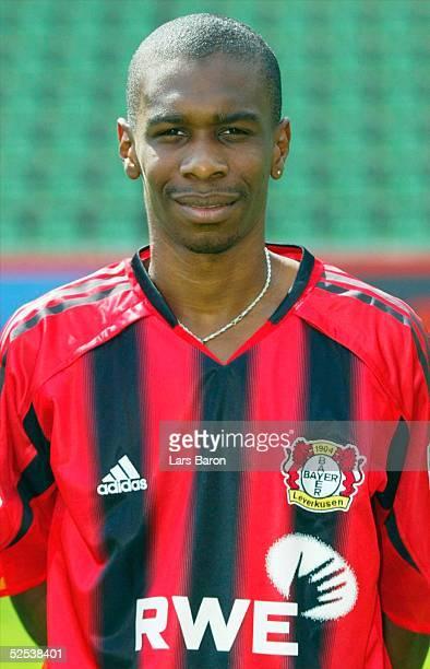Fussball 1 Bundesliga 04/05 Leverkusen Bayer 04 Leverkusen / Portraittermin JUAN 050804