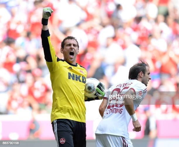 Fussball 1 Bundesliga Saison 2013/2014 3 Spieltag FC Bayern Muenchen 1 FC Nuernberg Torwart Raphael Schaefer jubelt ueber seinen gehltenen Elfmeter...