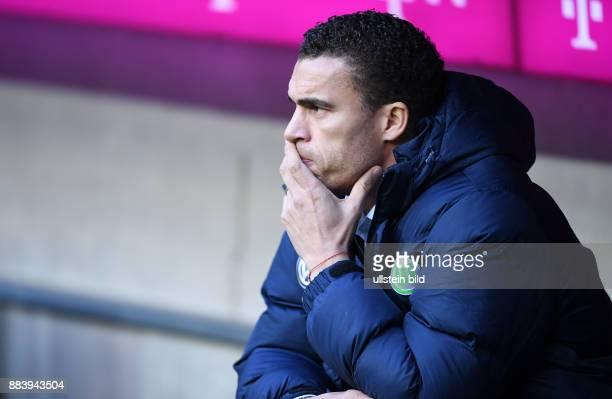 Fussball 1 Bundesliga Saison 2016/2017 14 Spieltag FC Bayern Muenchen VfL Wolfsburg Trainer Valerien Ismael