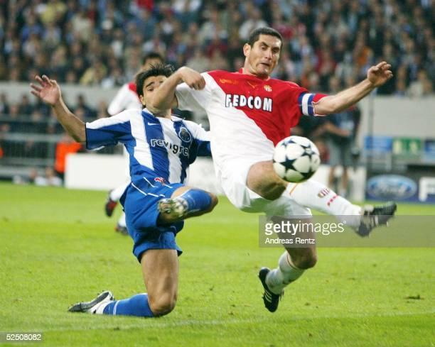 Fussball Champions League 03/04 Finale Gelsenkirchen FC Porto AS Monaco DECO / Porto Ludovic GIULY / Monaco 260504