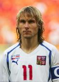 Fussball Euro 2004 in Portugal Vorrunde / Gruppe D / Spiel 16 Aveiro Niederlande Tschechien 23 Pavel NEDVED / CZE 190604