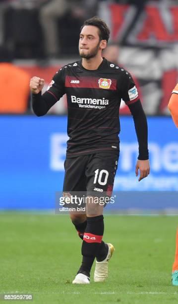Fussball GER 1 Bundesliga Saison 2016 2017 10 Spieltag Jubel Hakan Calhanoglu