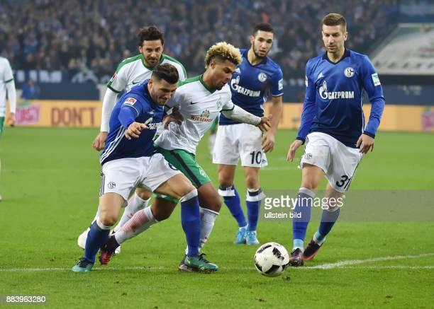 Fussball GER 1 Bundesliga Saison 2016 2017 10 Spieltag Sead Kolasinac li tritt Serge Gnabry im Strafraum auf den Fuss es gibt aber keinen Elfmeter
