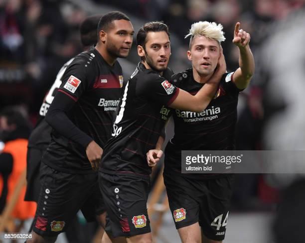 Fussball GER 1 Bundesliga Saison 2016 2017 11 Spieltag Jubel Kevin Kampl Hakan Calhanoglu Jonathan Tah
