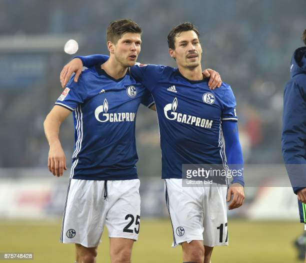 Fussball GER 1 Bundesliga Saison 2016 2017 20 Spieltag Jubel KlaasJan Huntelaar Klaas Jan Huntelaar li und Benjamin Stambouli