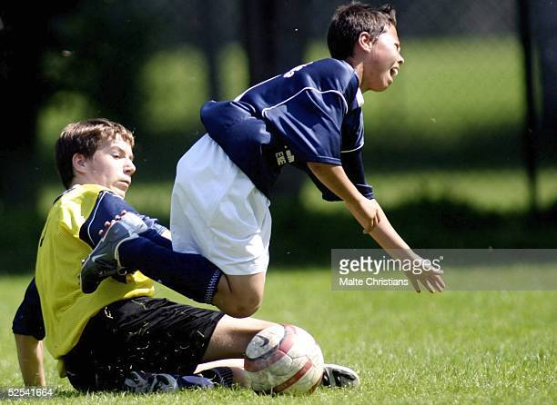 Fussball Nike Premier Cup 2004 Norderstedt Spielszene des Tuniers 080804
