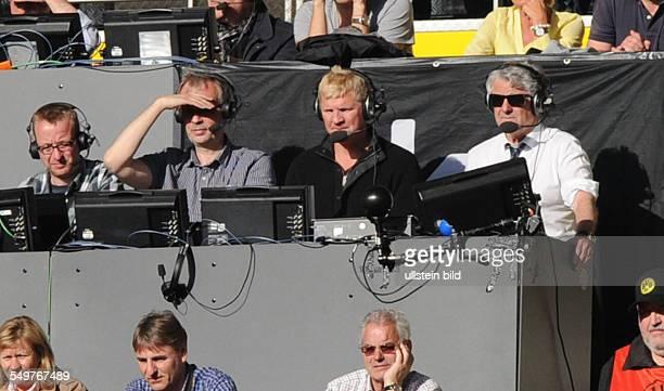Fussball Saison 20122013 1 Bundesliga 32 Spieltag Borussia Dortmund FC Bayern München 11 Sky Moderatoren Marcel Reif und Stefan Effenberg