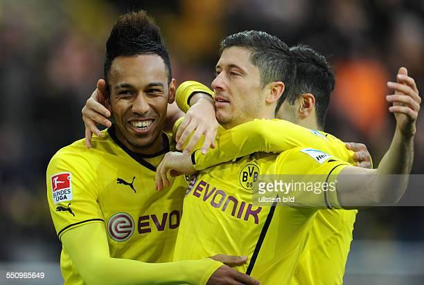 Fussball Saison 20132014 1 Bundesliga 21 Spieltag Borussia Dortmund Eintracht Frankfurt Jubel PierreEmerick Aubameyang li und Robert Lewandowski