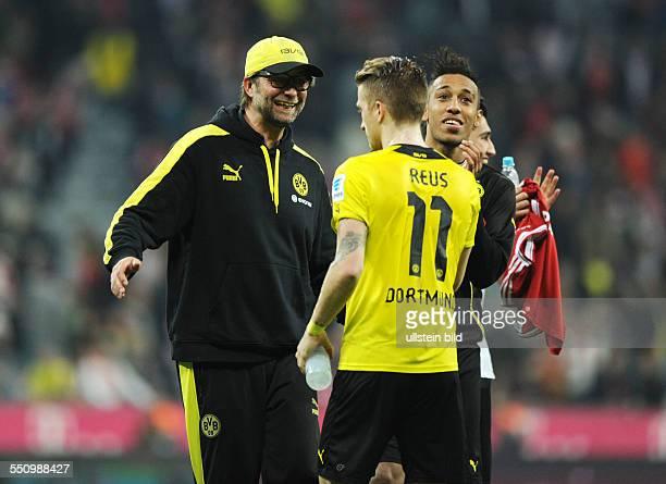 Fussball Saison 20132014 1 Bundesliga 30 Spieltag FC Bayern Muenchen Borussia Dortmund 03 vli Trainer Juergen Klopp Marco Reus PierreEmerick...