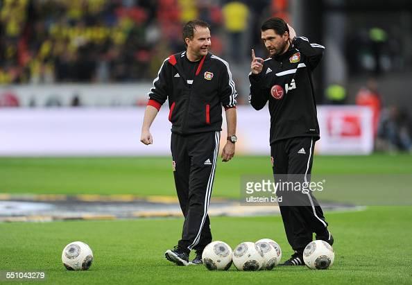 Fussball Saison 20132014 1 Bundesliga 32 Spieltag Bayer 04 Leverkusen Borussia Dortmund 22 Trainer Sascha Lewandowski li und Co Trainer Peter Hyballa