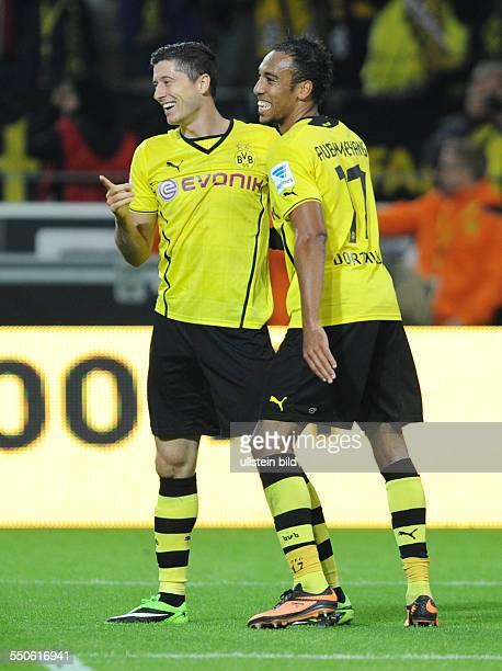 Fussball Saison 20132014 1 Bundesliga 5 Spieltag Borussia Dortmund Hamburger SV 62 Jubel Robert Lewandowski li und Pierre Emerick Aubameyang