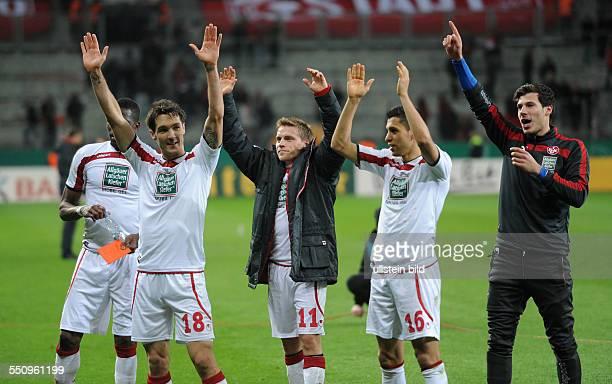 Fussball Saison 20132014 DFBPokal Viertelfinale Bayer 04 Leverkusen 1 FC Kaiserslautern 01 nV Jubel Mohamadou Idrissou Srdjan Lakic Ruben Jenssen...