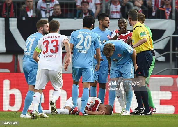 Fussball Saison 2014/15 1 Bundesliga 24 Spieltag1 FC Köln Eintracht Frankfurt 41Schauspieleinlage von Deyverson am Boden vre Torwart Kevin Trapp...