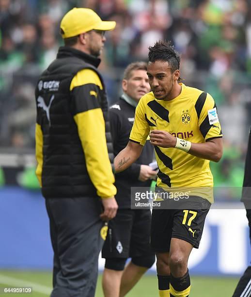 Fussball Saison 2014/15 1 Bundesliga 28 SpieltagBorussia Mönchengladbach Borussia Dortmund 31PierreEmerick Aubameyang Pierre Emerick Aubameyang re...