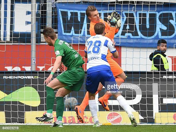 Fussball Saison 2014/15 3 Liga 35 SpieltagMSV Duisburg Preussen Münster 21vre Torwart Michael Ratajczak Steffen Bohl Marcel Reichwein