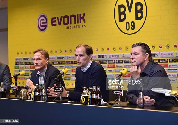 Fussball Saison 2015/16 1 Bundesliga Pressekonferenz Vorstellung von Thomas Tuchel als neuer Trainer von Borussia Dortmundvre Manager Michael Zorc...