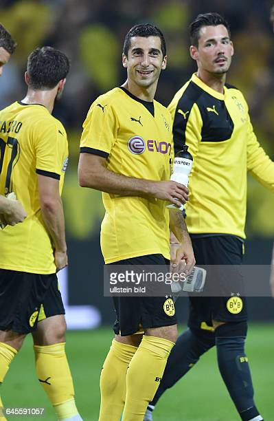 Fussball Saison 2015/2016 Europa League Qualifikation 3 RundeBorussia Dortmund Wolfsberger AC 50Henrikh Mkhitaryan mi