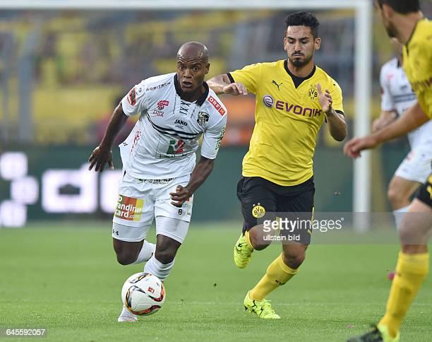 Fussball Saison 2015/2016 Europa League Qualifikation 3 RundeBorussia Dortmund Wolfsberger AC 50Silvio li gegen Ilkay Guendogan Ilkay Gündogan
