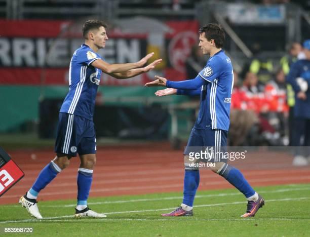 Fussball Saison 2016/2017 DFBPokal 2 Runde Spielerwechsel Alessandro Schoepf Alessandro Schöpf li kommt fuer Yevhen Konoplyanka