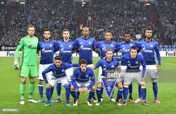 Fussball UEFA Europa League 2016/17 4 Spieltag Team FC Schalke 04 oben vre Eric Maxim Choupo Moting Eric Maxim ChoupoMoting Abdul Rahman Baba Dennis...