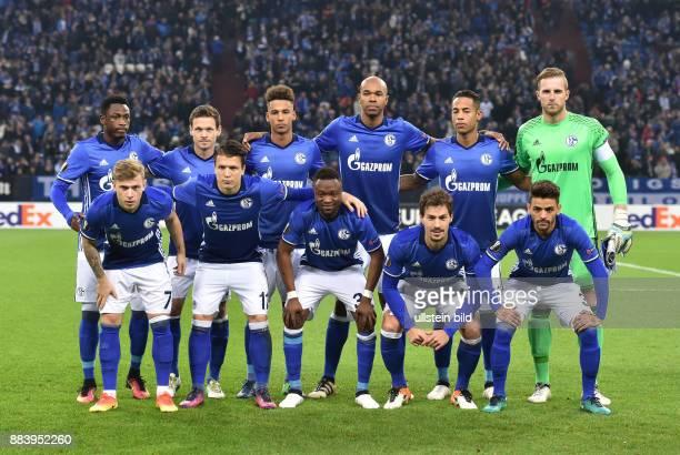 Fussball UEFA Europa League 2016/17 5 Spieltag FC Schalke 04 OGC Nizza Team FC Schalke 04 oben vli Abdul Rahman Baba Sascha Riether Thilo Kehrer...