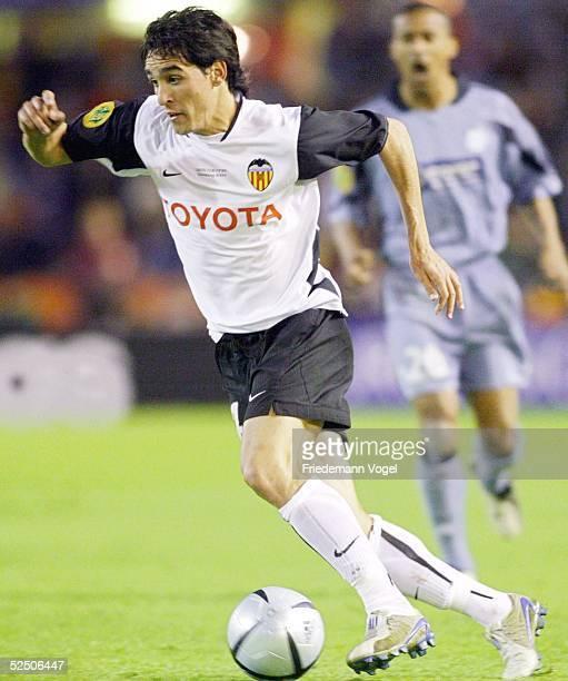 Fussball UEFA Pokal 03/04 Finale Goeteborg Olympique Marseille FC Valencia 02 Rodriguez VICENTE / Valencia 190504