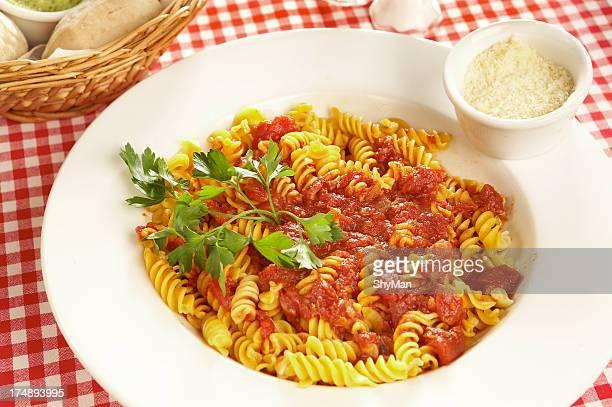 Fussili com Molho de Tomate