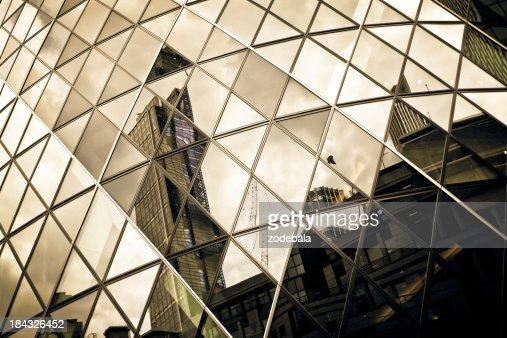 未来的建築のディテール、ガラスの超高層ビル