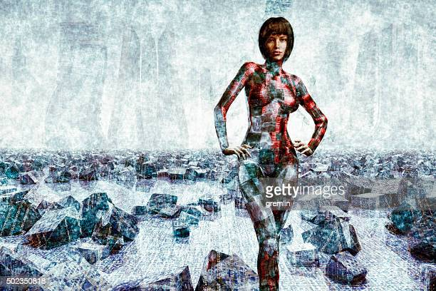 Futuristico cyborg in piedi davanti a remoto paesaggio urbano