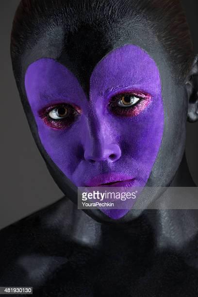 Futuristic dark Make-up