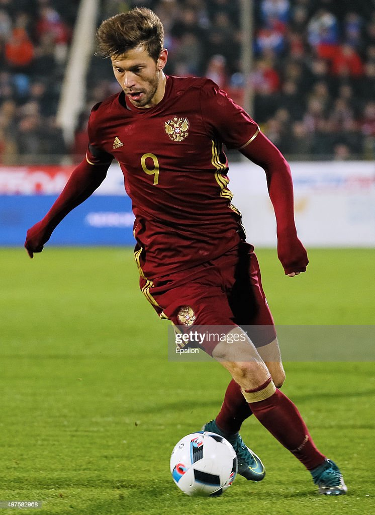 <a gi-track='captionPersonalityLinkClicked' href=/galleries/search?phrase=Fyodor+Smolov&family=editorial&specificpeople=4277688 ng-click='$event.stopPropagation()'>Fyodor Smolov</a> of Russia in action during international friendly football match between Russia and Croatia at Olymp II stadium on November 17, 2015 in Rostov-on-Don, Russia.