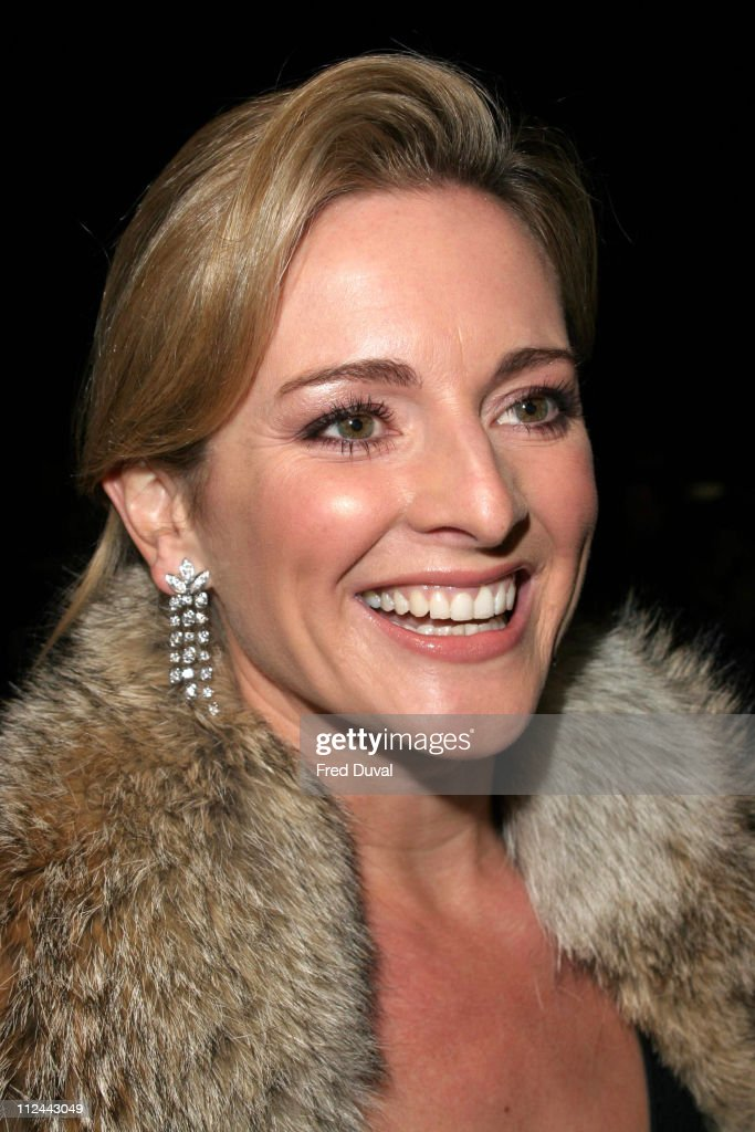 Gabby Logan Nude Photos 73
