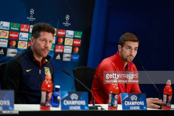 Gabi Fernandez of Atletico de Madrid and his coach Diego Pablo Simeone attend a press conference ahead of the UEFA Champions League Semifinal Second...