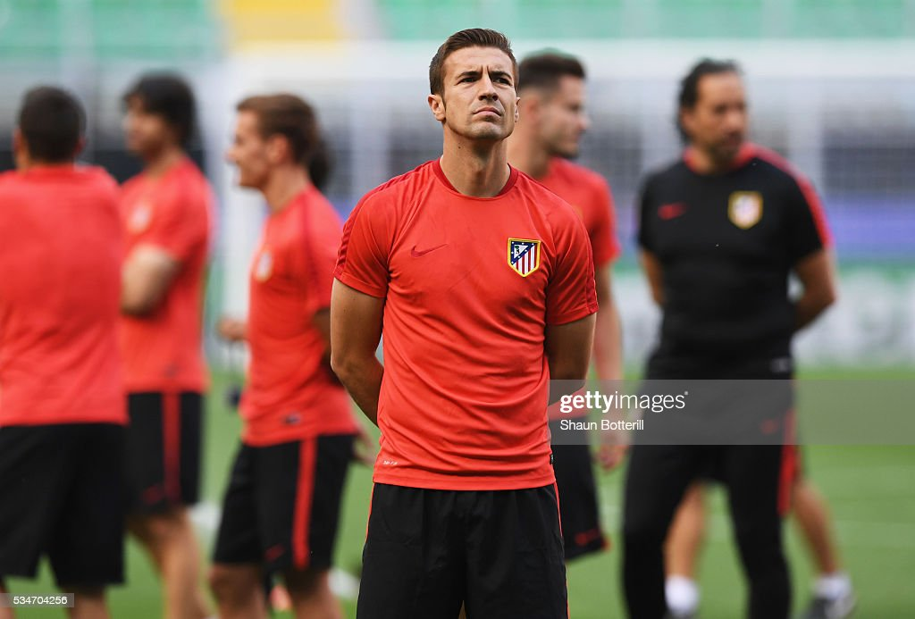 <a gi-track='captionPersonalityLinkClicked' href=/galleries/search?phrase=Gabi+-+Soccer+Player&family=editorial&specificpeople=6912055 ng-click='$event.stopPropagation()'>Gabi</a> of Atletico Madrid looks on during an Atletico de Madrid training session on the eve of the UEFA Champions League Final against Real Madrid at Stadio Giuseppe Meazza on May 27, 2016 in Milan, Italy.