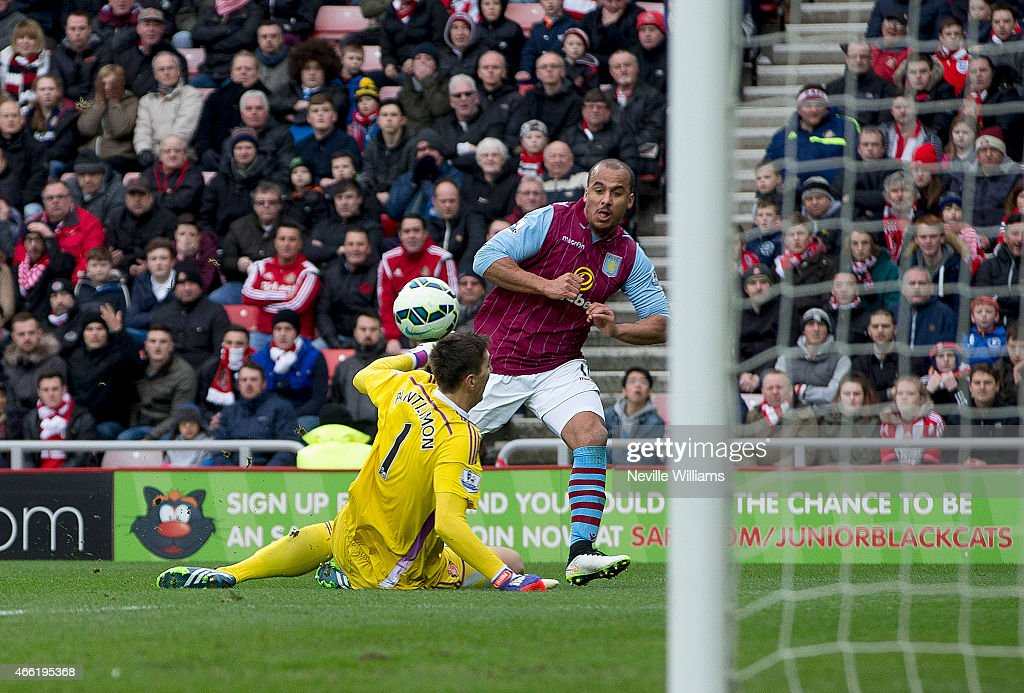 Gabriel Agbonlahor of Aston Villa scores his goal for Aston Villa during the Barclays Premier League match between Sunderland and Aston Villa at the Stadium of Light on March 14, 2015 in Sunderland, England.