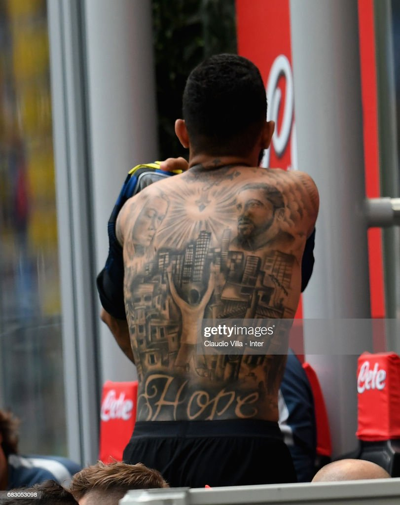 Gabriel Barbosa Almeida of FC Internazionale during the Serie A match between FC Internazionale and US Sassuolo at Stadio Giuseppe Meazza on May 14, 2017 in Milan, Italy.