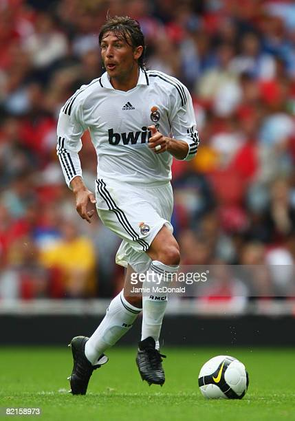 Gabriel Heinze of Real Madrid in action during the preseason friendly match between SV Hamburg and Real Madrid during the Emirates Cup at the...