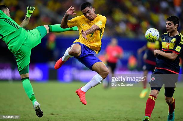 Gabriel Jesus player of Brazil battles for the ball with David Ospina player pf Colombia during 2018 FIFA World Cup Russia qualification match...