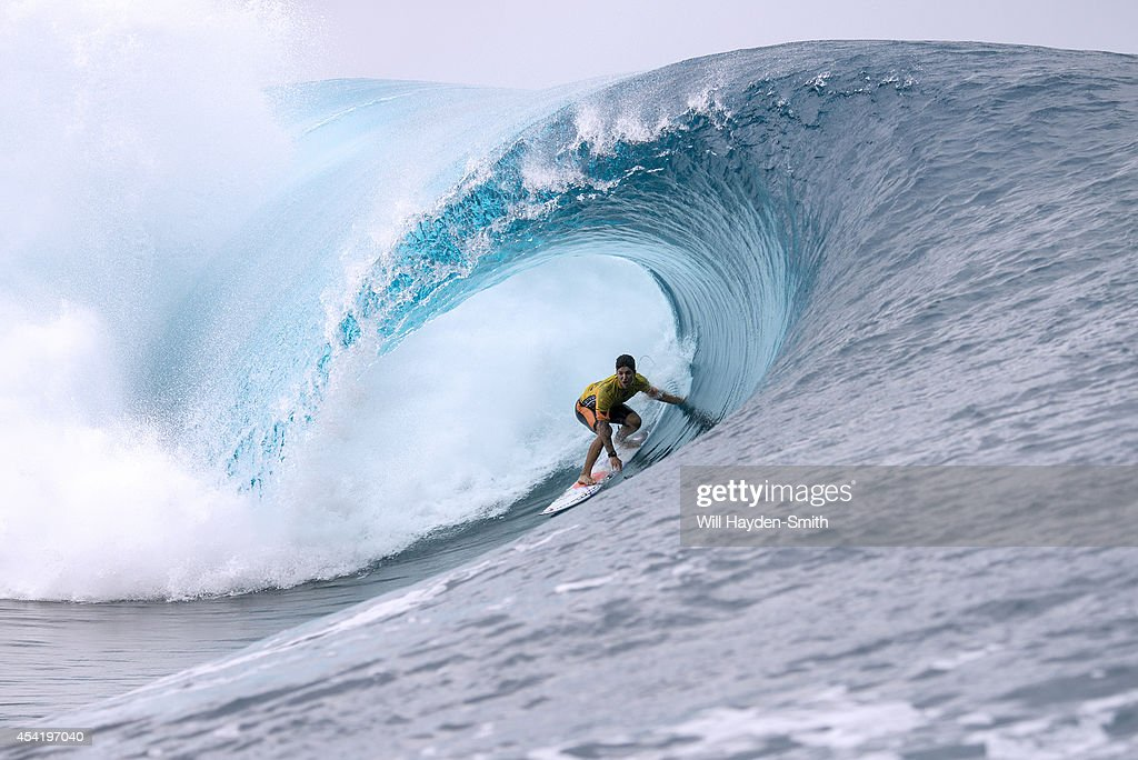 <a gi-track='captionPersonalityLinkClicked' href=/galleries/search?phrase=Gabriel+Medina+-+Surfer&family=editorial&specificpeople=13702660 ng-click='$event.stopPropagation()'>Gabriel Medina</a> of Brazil during the Billabong Pro Tahiti on August 25, 2014 in Teahupo'o, Tahiti, French Polynesia.
