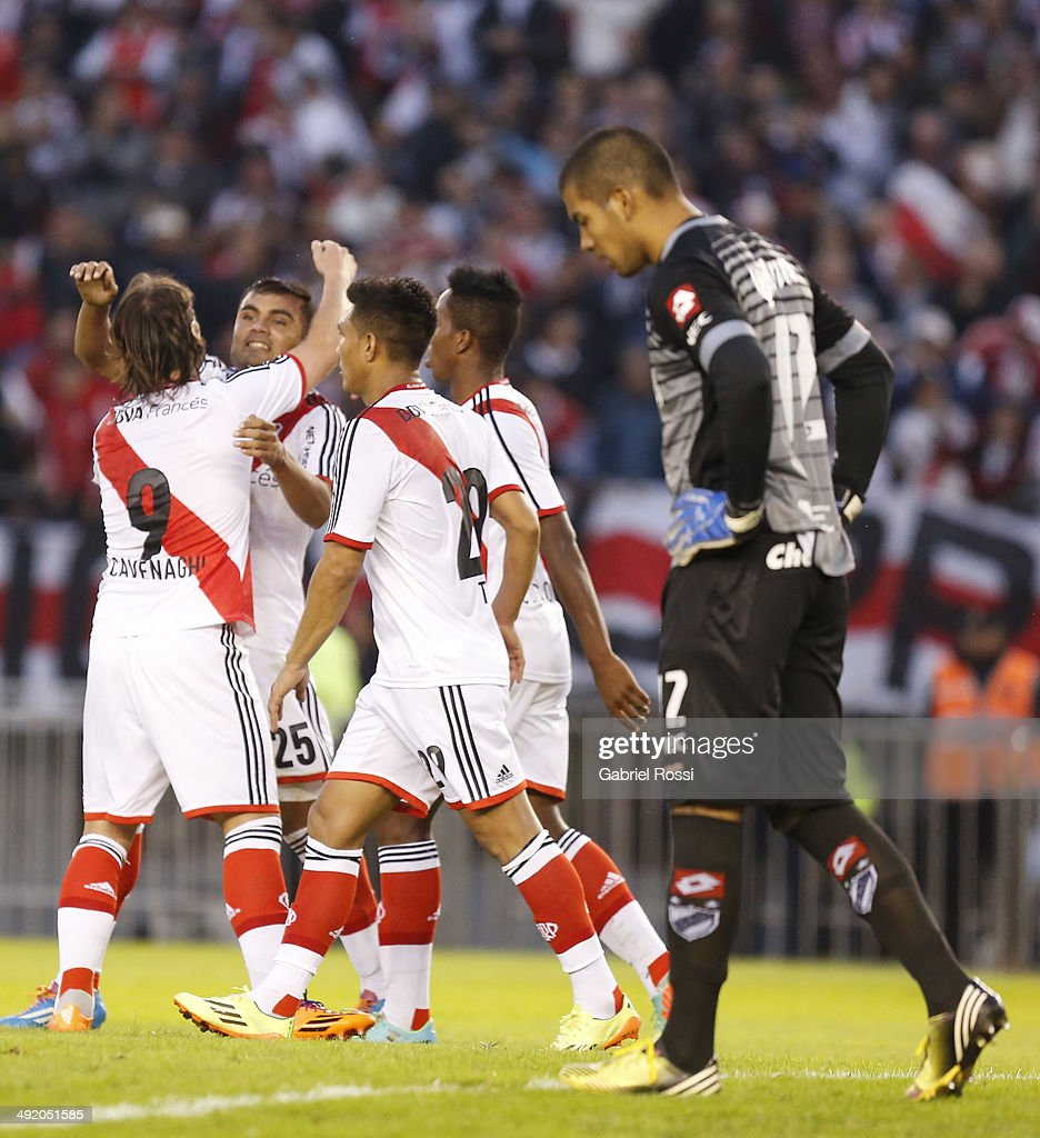 Gabriel Mercado of River Plate and his teammates celebrate the second goal during a match between River Plate and Quilmes as part of 19th round of Torneo Final 2014 at Monumental Antonio Vespucio Liberti Stadium on May 18, 2014 in Buenos Aires, Argentina.