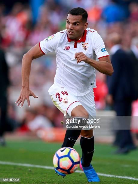 Gabriel Mercado of Sevilla FC controls the ball during the La Liga match between Club Atletico de Madrid and Sevilla FC at Vicente Calderon stadium...