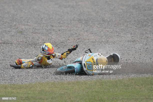 Gabriel Rodrigo of Argentina and RBA BOE Racing Team crashed out during the Moto3 race during the MotoGp of Argentina Race on April 9 2017 in Rio...